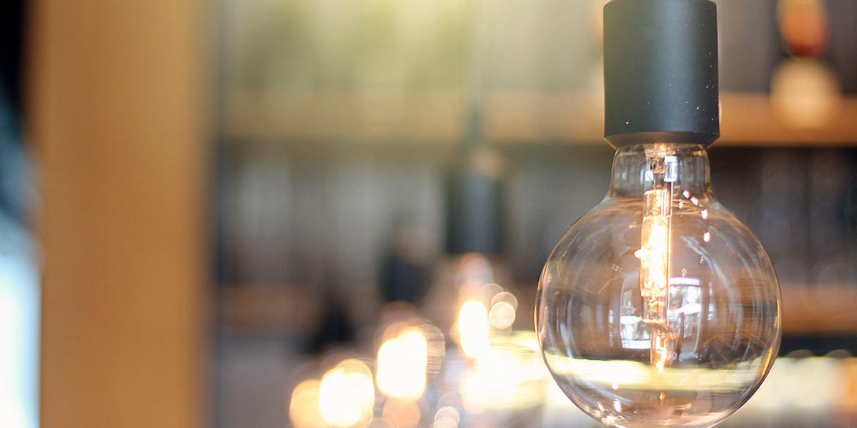 What is the best way to choose a light bulb?
