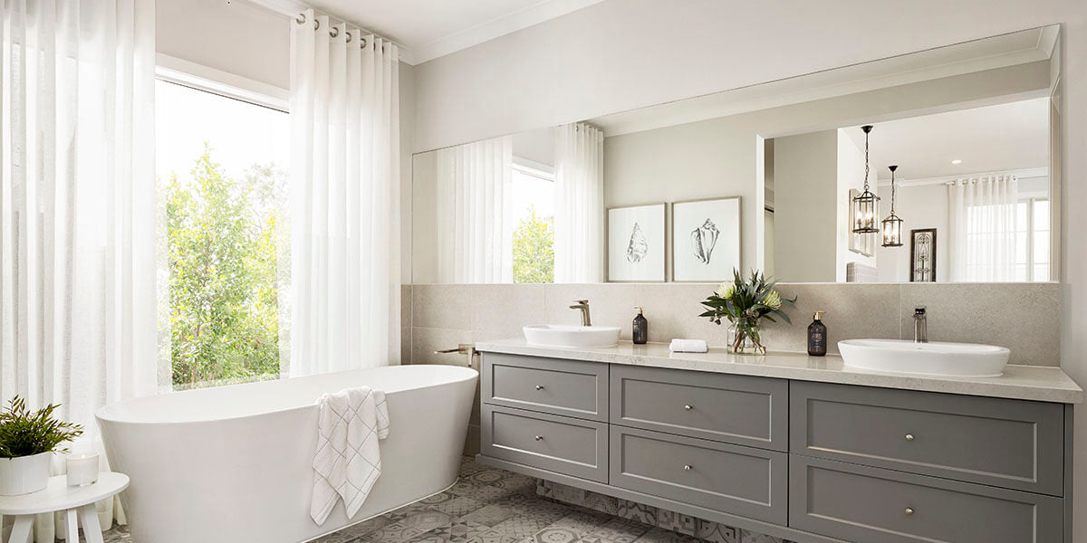 How to opt for wall size mirror?