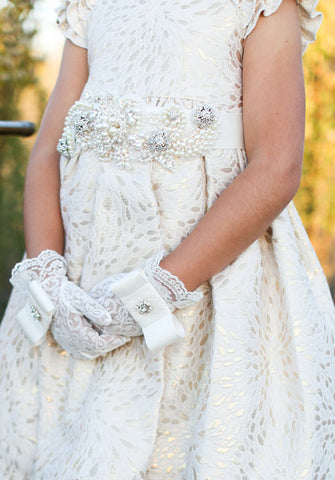 """Isabella"" Lace Flowergirl Gloves"