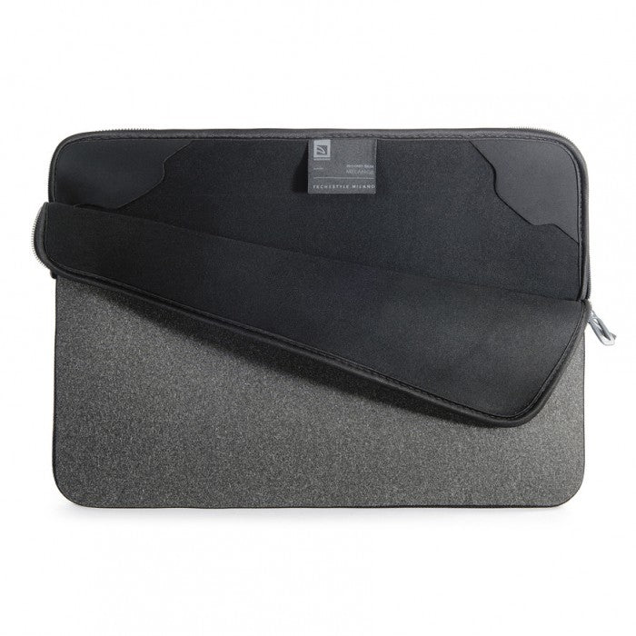 "Tucano - Mélange Second Skin Neoprene Sleeve For Notebook 15.6"" - Black"