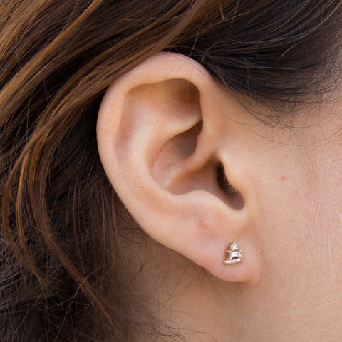 White Diamond Baguette Bar Stud