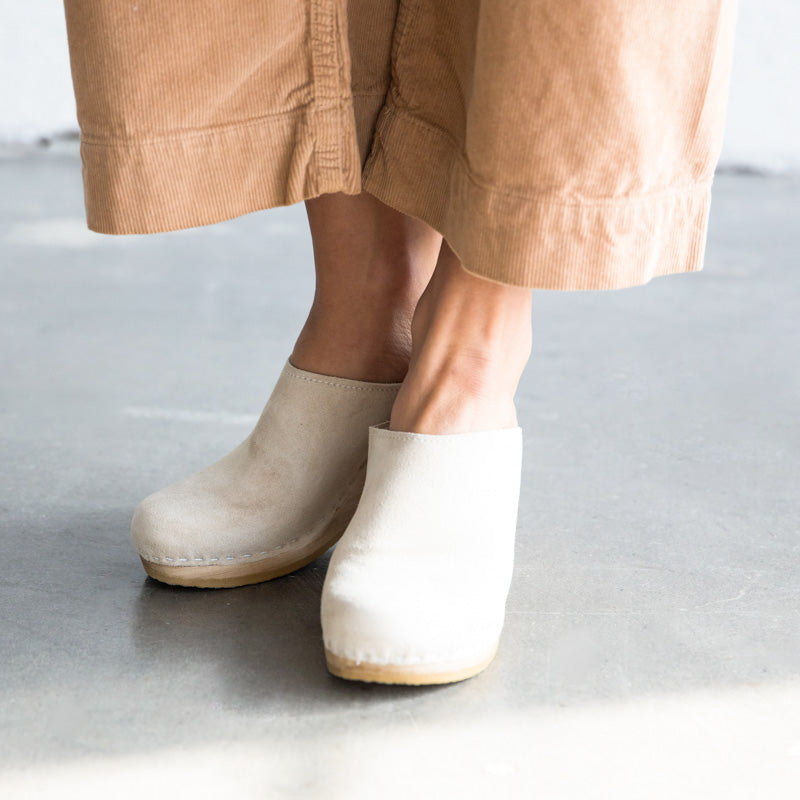 New School Clog - Chalk Suede