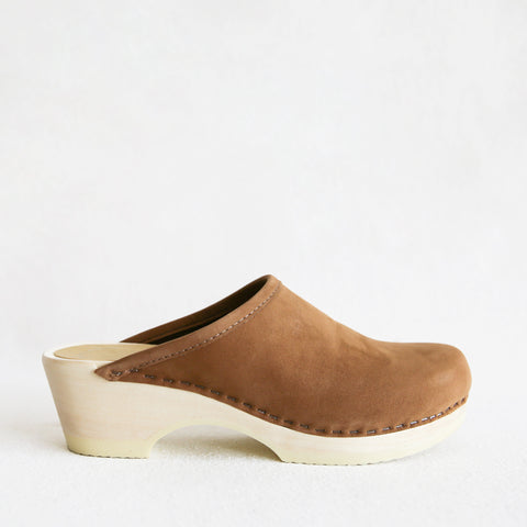 Valley Clog Low - Almond