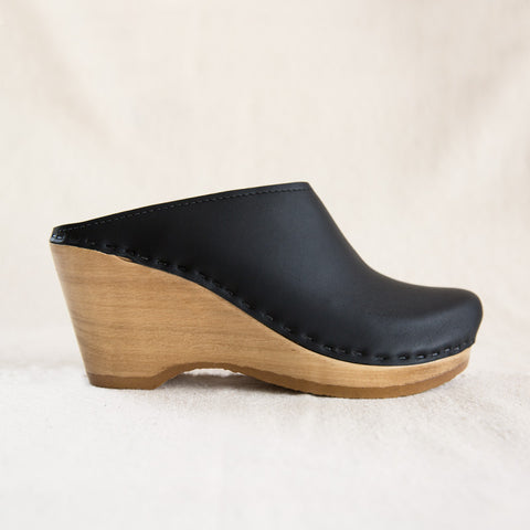New School Clog - Black