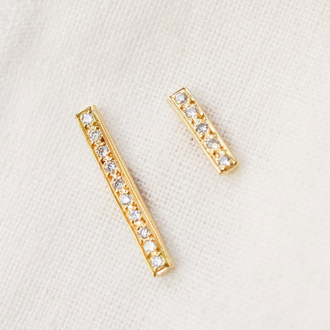 Diamond Bar Stud