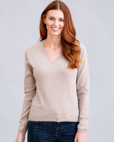 William Lockie Charlotte Vee Neck Sweater in Cashmere