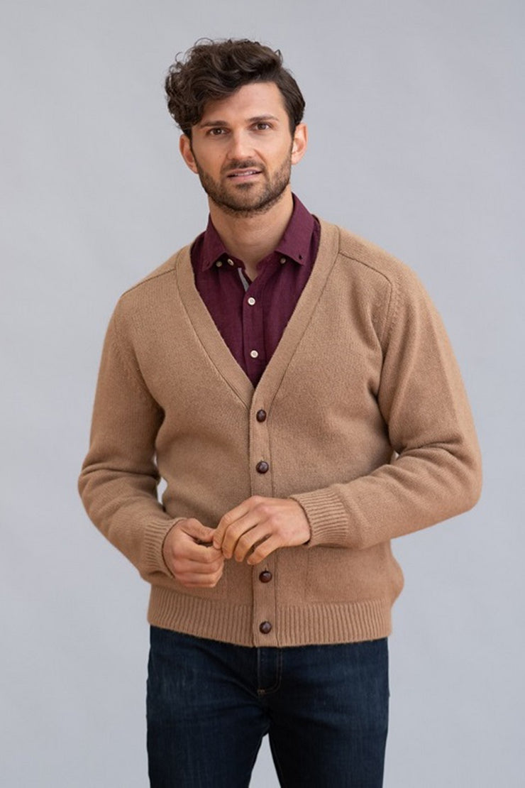 William Lockie Datchet Cardigan in Natural Camelhair