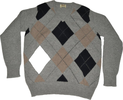 100% Lambswool Grey Intarsia V Neck Jumper