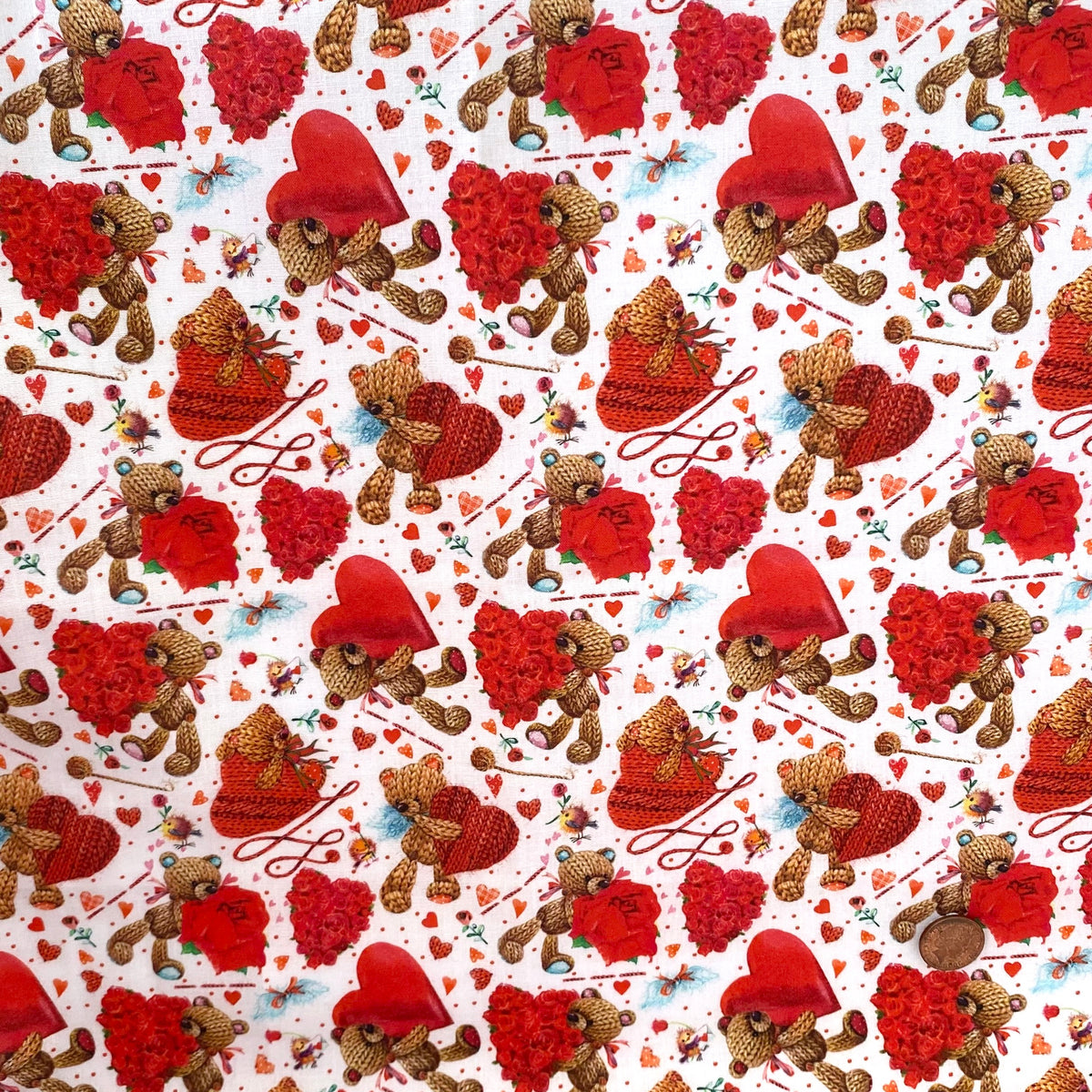 Love heart Valentines Teddies 100% cotton  fabric, sold per 1/2 metre, 137cm wide ( 58 inches )