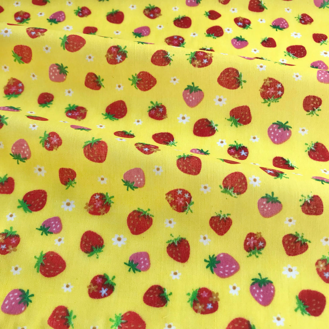 Yellow Summer Strawberries Polycotton Fabric Per 1/2 Metre 112cm Wide