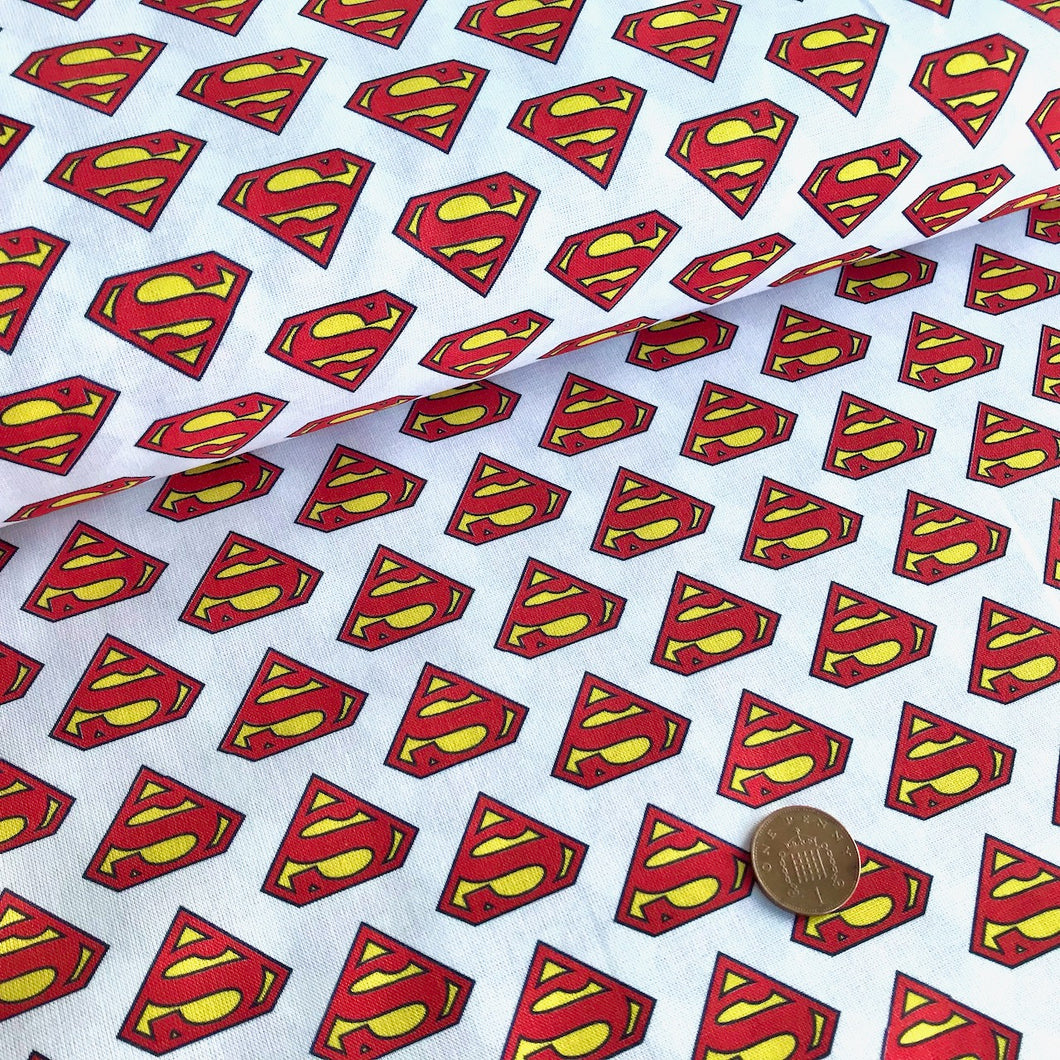 Superman Badge 100% Cotton Fabric 58 Inches Wide (140cm) Sold Per 1/2 Metre