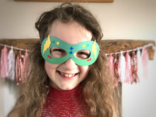 Load image into Gallery viewer, Make a superhero mask party bag craft