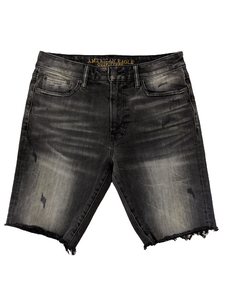 [30] American Eagle Distressed Cut-Off Shorts