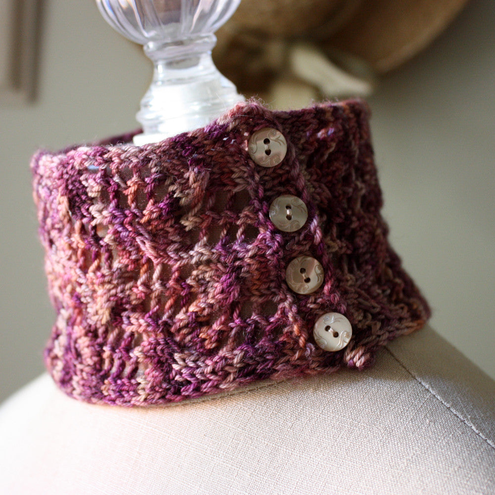Arabesque Lace Neckwarmer Knitting Pattern