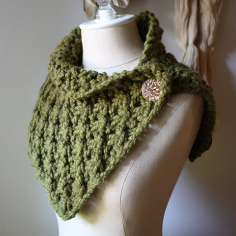 Asterisque Cowl Knitting Pattern