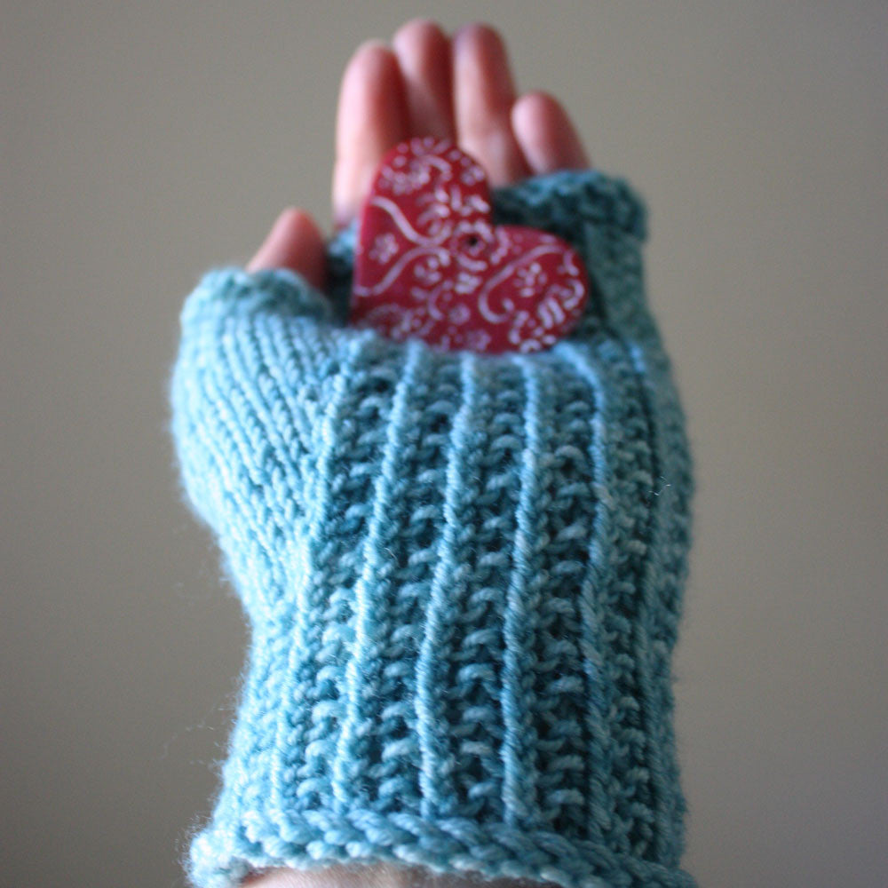 Belgique Fingerless Mittens Knitting Pattern