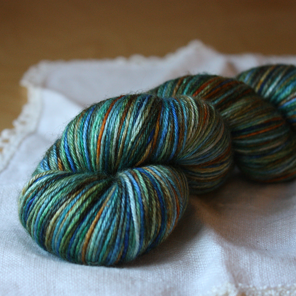 Soie / Fingering Weight / Autumn Sea Merino Wool Silk Hand Dyed Yarn / READY TO SHIP