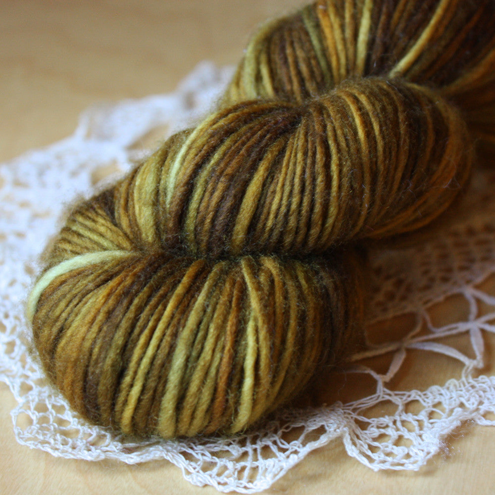 Petite / DK Weight / Brasserie Superwash Merino Hand Dyed Yarn