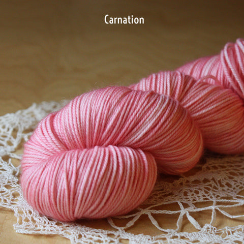 Cachesoie / Fingering Weight / Superwash Merino Cashmere Silk Hand Dyed Luxury Yarn
