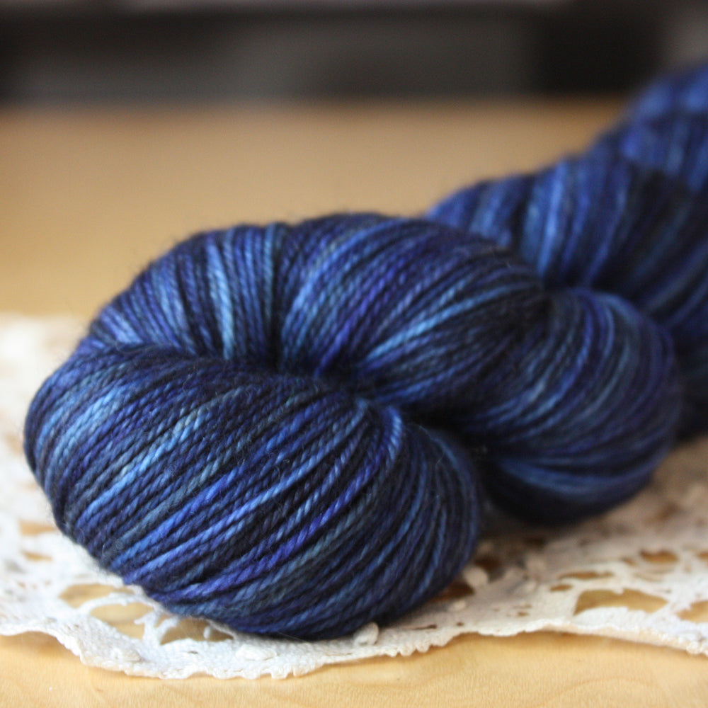 Alluree / Fingering Weight / Deep Midnight Superwash Merino Cashmere Nylon Hand Dyed Yarn / Ready to Ship