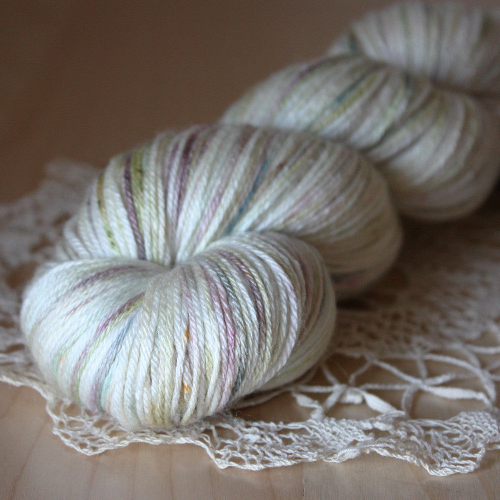Ghost / Hand Dyed Yarn
