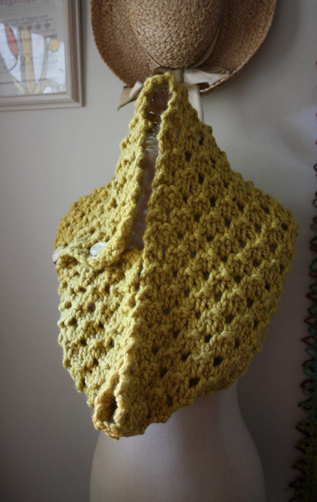 Hunny Chunky Cowl Scarf Knitting Pattern Phydeaux Designs Fiber