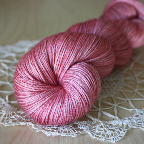 Ingenue / Hand Dyed Yarn