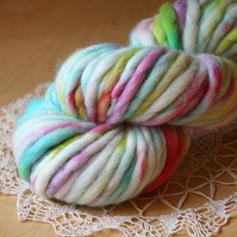 Coussin / Super Bulky Weight / Miami Merino Wool Hand Dyed Yarn