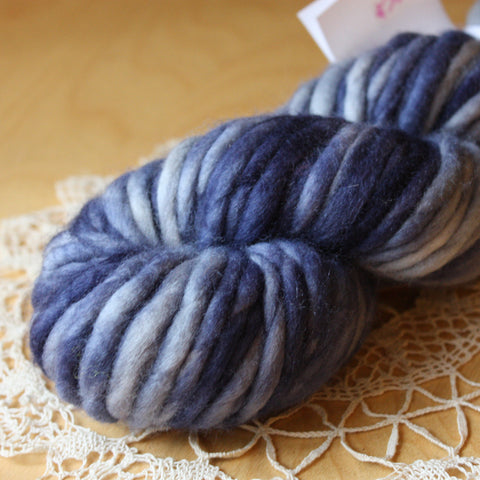 Coussin / Super Bulky Weight / Midnight Merino Wool Hand Dyed Yarn