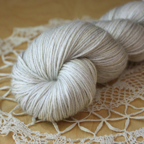 Mousseline / Hand Dyed Yarn