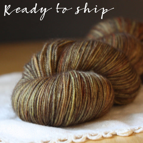 Alluree / Fingering Weight / Old Oak OOAK Superwash Merino Cashmere Nylon Hand Dyed Yarn / Ready to Ship