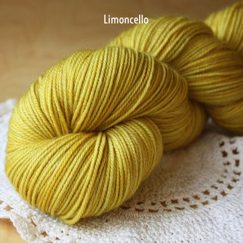 Beurre / Sportweight / Superwash Merino Wool Hand Dyed Yarn