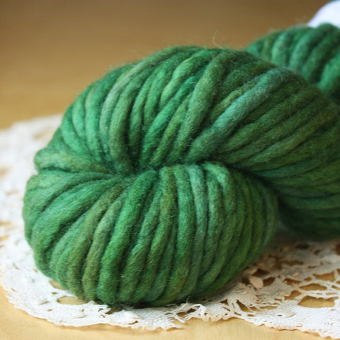 Coussin / Super Bulky Weight / Pine Bough Merino Wool Hand Dyed Yarn