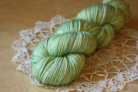 Beurre / Worsted Weight / SALE Pistachio OOAK Superwash Merino Wool / READY TO SHIP