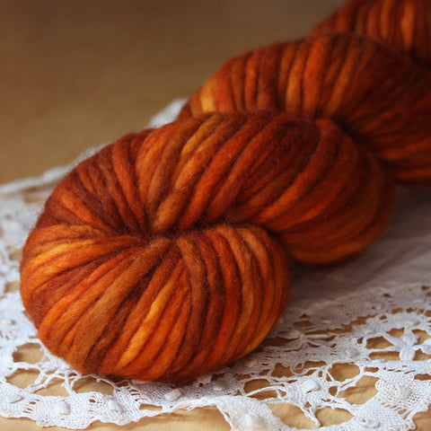 Coussin / Super Bulky Weight / Ringlets Merino Wool Hand Dyed Yarn