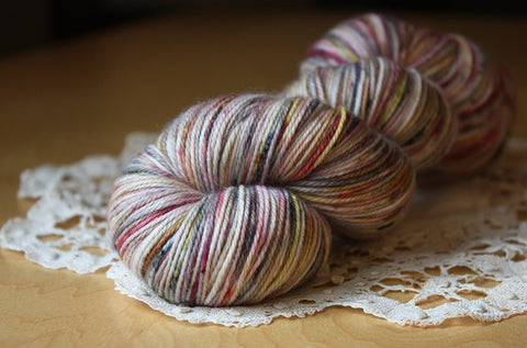 Caresse / Fingering Weight / Rose Quartz Merino Wool Cashmere Nylon Hand Dyed Yarn / READY TO SHIP