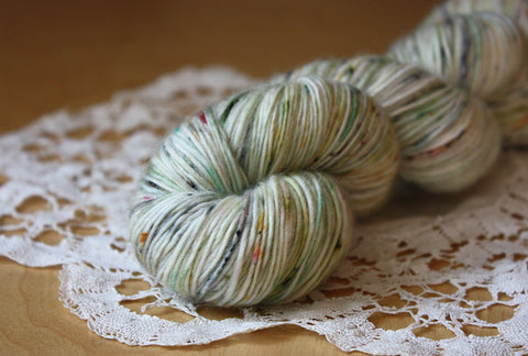 Snow Moss / Hand Dyed Yarn