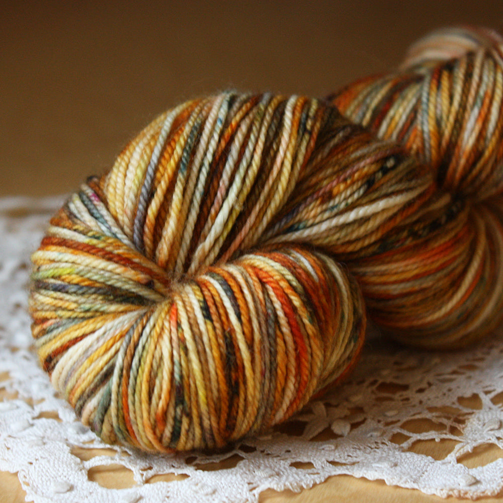Caresse / Fingering Weight / Turmerique Merino Wool Cashmere Nylon Hand Dyed Yarn / READY TO SHIP