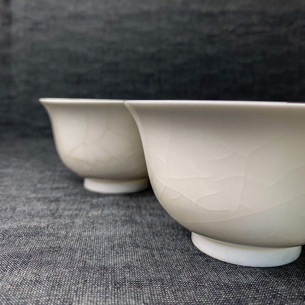 Handmade gaiwan with crackle glaze side view