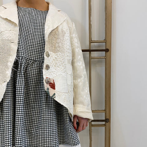 Appliqué Damask Jacket - Cream