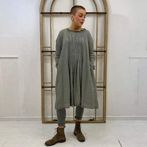 Buschtig Long Sleeve Pintucks Tunic - Sage