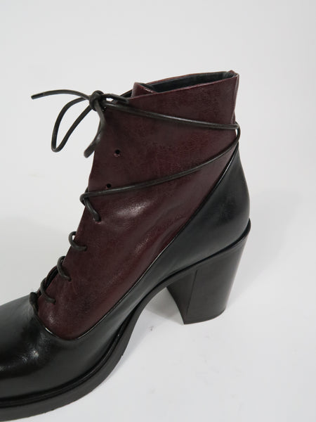 D3566 High Heel Lace Up in Brown/Burgundy