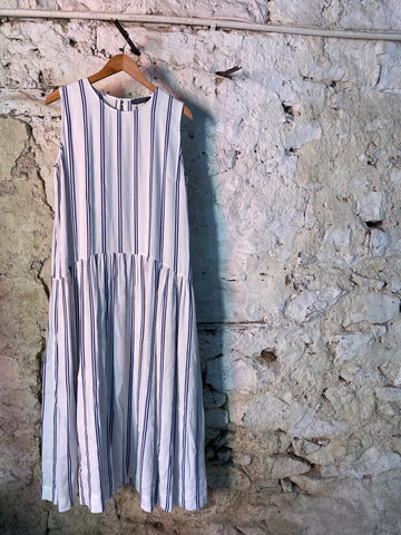 NEIRAMI DS1118 STRIPE SLEEVELESS DRESS