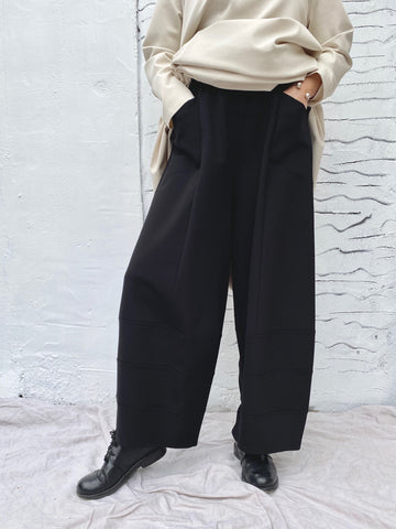 309P0 Balloon Trousers - Black