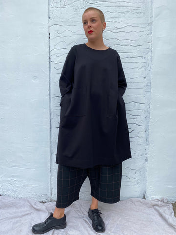 105P0 Slit Sides Tunic - Black