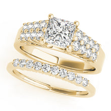Load image into Gallery viewer, Princess Cut Solitaire With Pave Accents