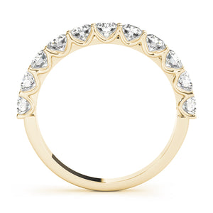 Round Cut Engagement Ring with Accents