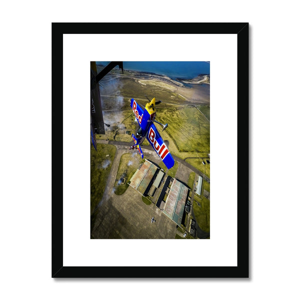 Olaf Pignataro - Flight Framed & Mounted Print