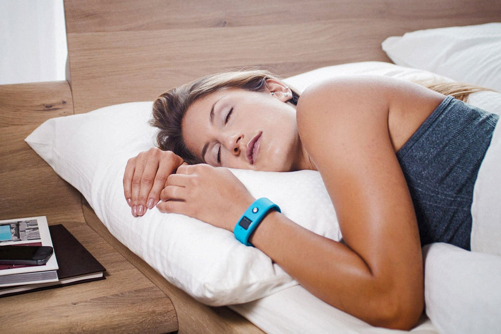 Eight Easy Ways to Fall Asleep Fast-Luxe Pillow