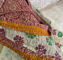 Load image into Gallery viewer, Kantha Throws